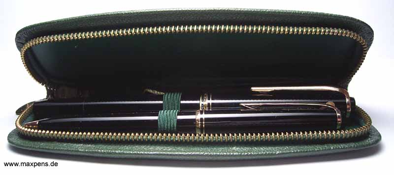 montblanc fountain pen fountainpen f llhalter. Black Bedroom Furniture Sets. Home Design Ideas
